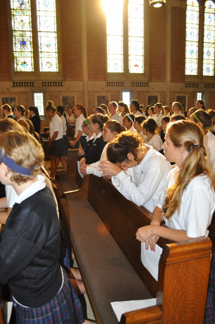 Students enjoy Mass at the Felician Presentation Chapel